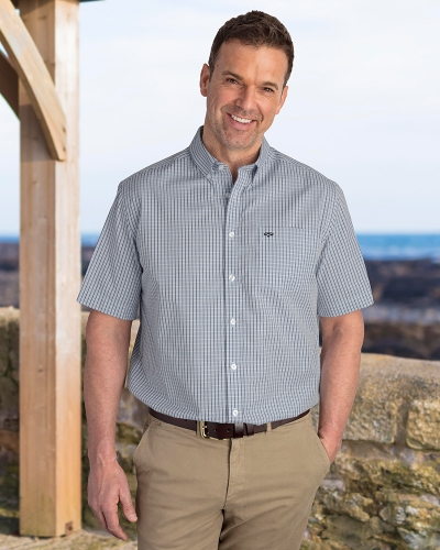 Perth Short Sleeve Checked Shirt (Modelled)